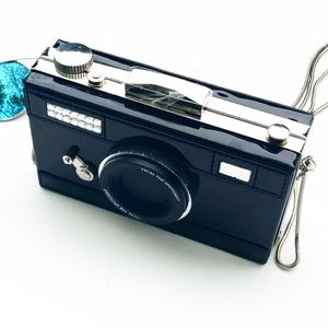 Evolving Always Bags - New Compact Handbag In The Shape Of A Camera